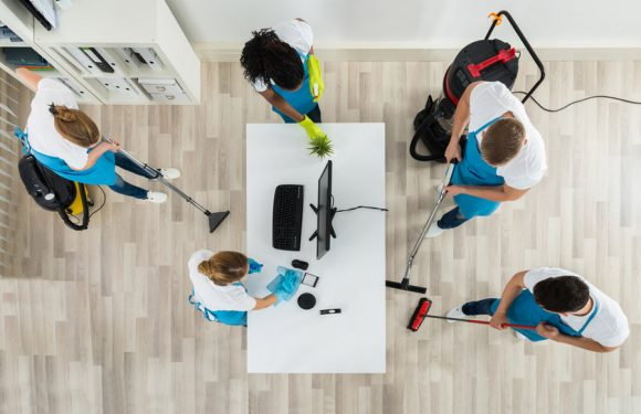 5 Reasons Why You Need To Keep Your Office Space Clean